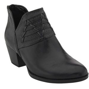 Earth Merlin Black Leather Booties